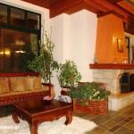 Aggelos House - Αράχωβα Ξενώνες